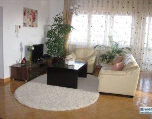 Lakás 4 szobák kiadó on Cluj Napoca, Zóna Andrei Muresanu