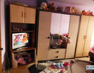 Vanzare apartament 2 camere, situat in Floresti, zona Plopilor