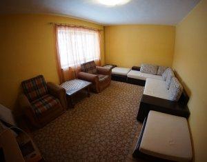Apartament de vanzare cu 3 camere, decomandat, zona Observatorului, Zorilor