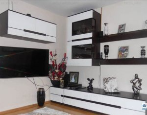 Apartment 5 rooms for sale in Cluj Napoca, zone Floresti