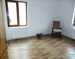 Lakás 4 szobák kiadó on Cluj Napoca, Zóna Centru