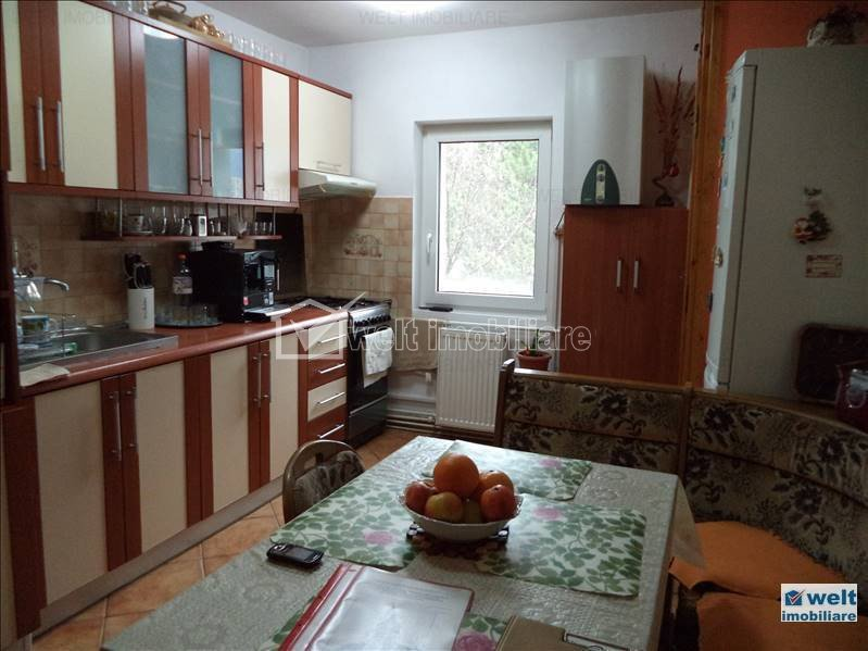 Apartament 3 camere, 67mp, finisat, decomandat, zona str. Bucium