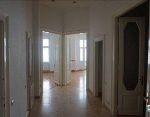 Appartement 5 chambres à louer dans Cluj Napoca, zone Centru