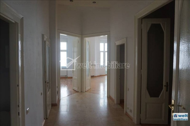 Apartment 5 rooms for rent in Cluj Napoca, zone Centru