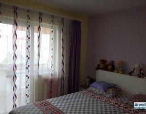 Vanzare apartament 3 camere, decomandat, Manastur