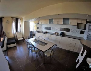 Apartament 2 camere, in spate la Polus Center!