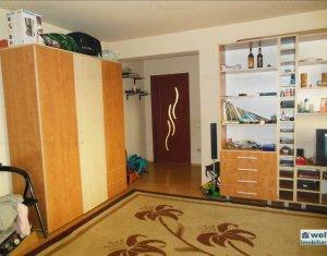 Vanzare apartament cu 2 camere, 56 mp, etaj 1, in Floresti, zona Eroilor