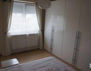 Inchiriere apartament 3 camere, zona Cipariu, Gheorgheni