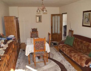 Apartment 4 rooms for sale in Cluj Napoca, zone Baciu