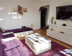 Apartament luminos,calduros,insorit,decomandat,in imobil cu lift,pe A. Vlaicu