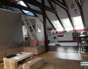 Apartament de vanzare, 3 camere, semidecomandat, cartier Buna Ziua!
