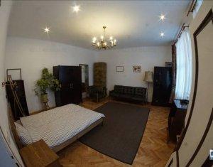 Inchiriere apartament 1 camera, decomandat, zona centrala, loc parcare