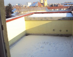 Inchiriere garsoniera, zona Piata Mihai Viteazu, terasa 20 mp