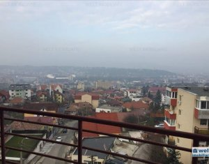 Apartament 2 camere, panorama asupra orasului
