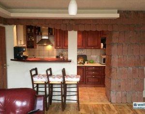 Appartement 5 chambres à vendre dans Cluj Napoca, zone Centru