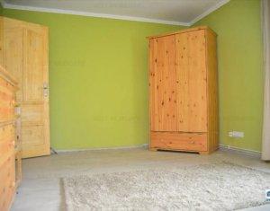 Apartament de inchiriat 3 camere, zona Cipariu, Gheorgheni