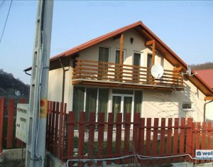 House 4 rooms for sale in Tauti