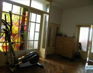Maison 6 chambres à vendre dans Cluj Napoca, zone Someseni