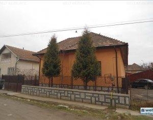 Casa de vanzare in Floresti