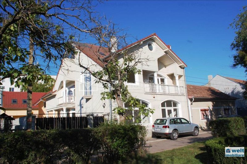 Vanzare casa situata in Gherla, zona Centrala