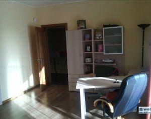 Maison 5 chambres à vendre dans Cluj Napoca, zone Europa