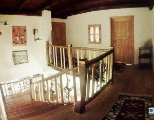 Casa in stil italian de vanzare, in Floresti, zona Terra