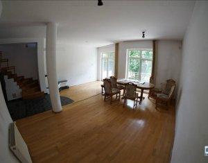 Maison 4 chambres à louer dans Cluj Napoca, zone Andrei Muresanu