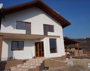Vanzare casa in zona Baraj Floresti, Colona de sub deal