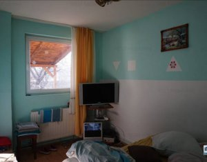 Maison 3 chambres à vendre dans Floresti