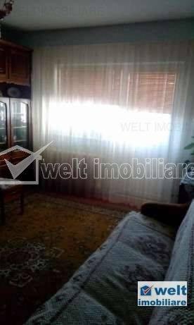 Apartament cu 4 camere, decomandate de vanzare in zona Aurel Vlaicu