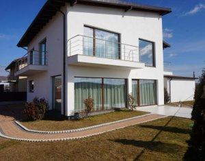 Casa superba cu 6 camere, 250mp utili, 500mp teren, Someseni