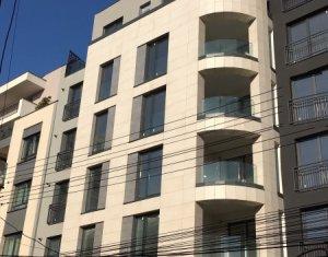 Apartament 2 camere de lux, imobil nou situat central, etaj 6, balcon !