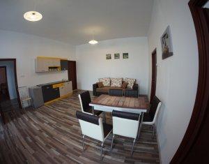 Apartment 4 rooms for rent in Cluj-napoca, zone Centru