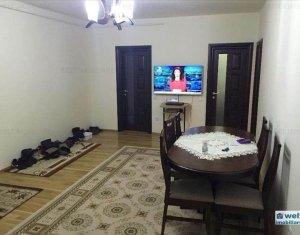 Vanzare apartament 3 camere in Floresti, zona Metro