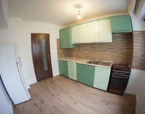 Inchiriere Apartament 3 camere decomandat, zona centrala, Piata Cipariu