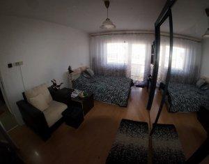 Vanzare apartament 4 camere Intre Lacuri, etaj 2, finisat