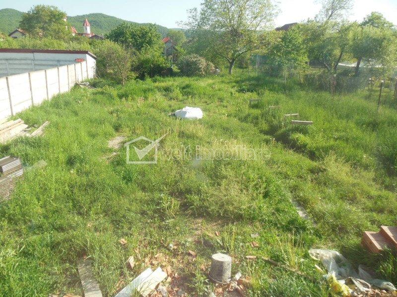 Vanzare casa unifamiliala, Floresti, zona de case