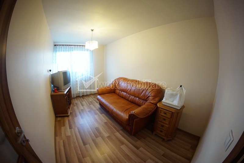Apartament 2 camere, Tauti