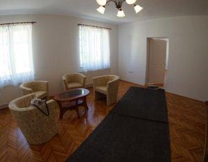 Exclusivitate! Vanzare apartament cu 4 camere, confort sporit, in Piata Muzeului