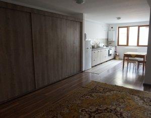 Inchiriere apartament cu 3 camere, Floresti, zona Sesul de Sus