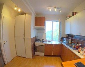 Apartament 3 camere semidecomandat, Andrei Muresanu
