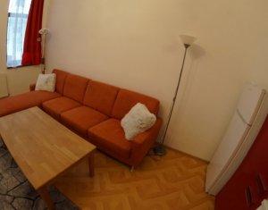 Apartament cu 2 camere, decomandat, Centru, 60mp