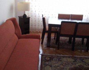 Apartament 3 camere, zona 21 decembrie