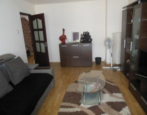 Apartament de vanzare, 3 camere, Floresti, zona Gheorghe Doja