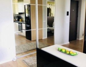 Apartament de lux cu 3 camere, semidecomandat, zona Borhanci