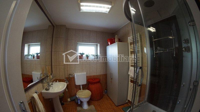 Casa individuala, 4 camere, 180mp utili, curte amenajata, cartier Europa