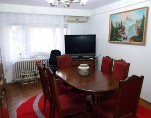 Inchiriere  apartament cu 3 camere decomandate Gheorgheni pe B-dul Titulescu