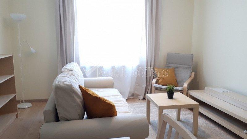 Inchiriere  apartament cu 2 camere Central