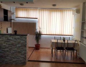 Vindem garsoniera, renovata recent, mobilata si utilata, in Gheorgheni