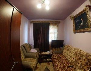De vanzare apartament 4 camere, decomandat, 70 mp, Manastur